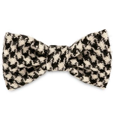 Wilma's Black & White Dog Bow Tie