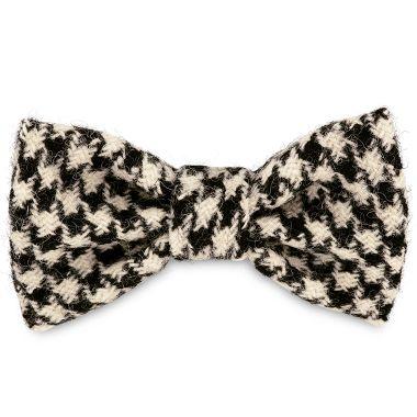 Wilma's Black & White Dog Bow Tie
